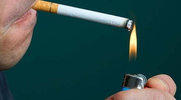 """""""merokok itu bukan soal kualitas, tapi soal sugesti diri."""""""