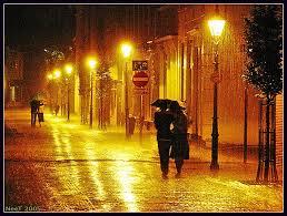 """""""jatuh cinta itu seperti hujan, membasahi hati dengan deras."""""""