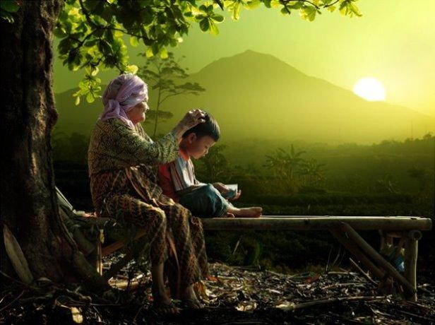 """""""Pernahkah Kita Sampai Pada Ujung Cinta Tulus Ibu? Tidak"""""""